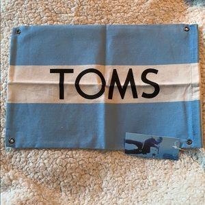 Accessories - 🆕 Toms Dust Bag